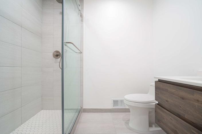 Modern Bathroom - San Jose, CA